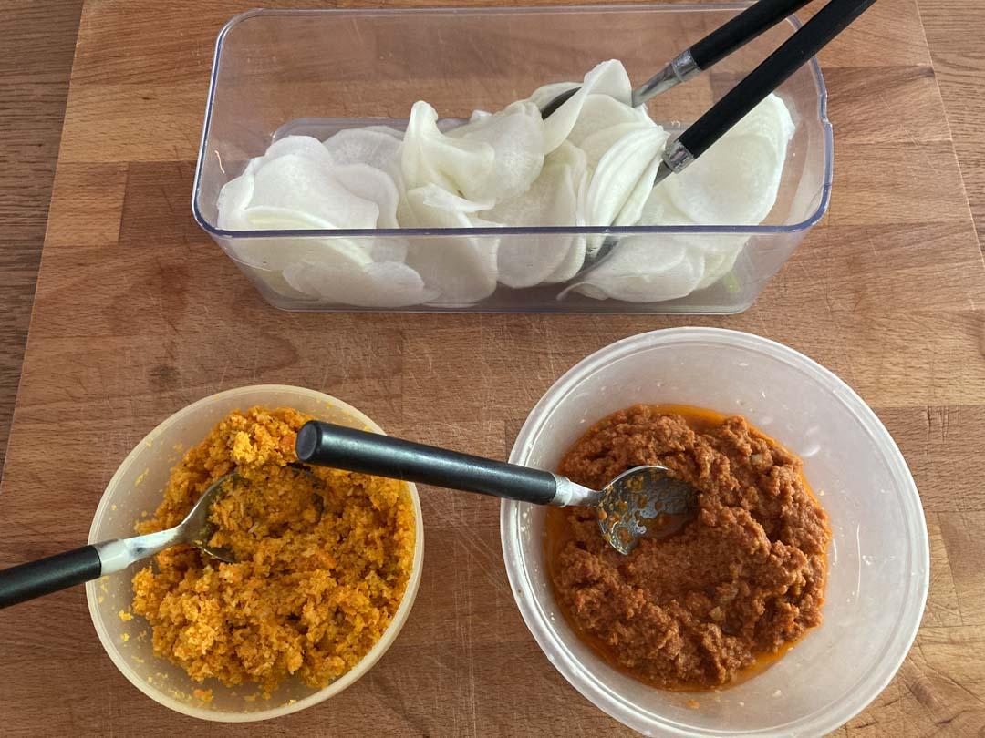 daikon, ripieno e condimento