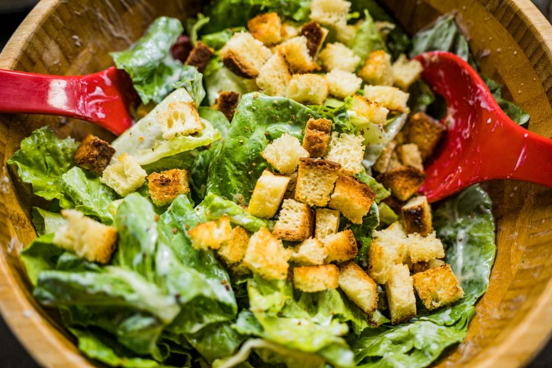 Caesar salad vegan
